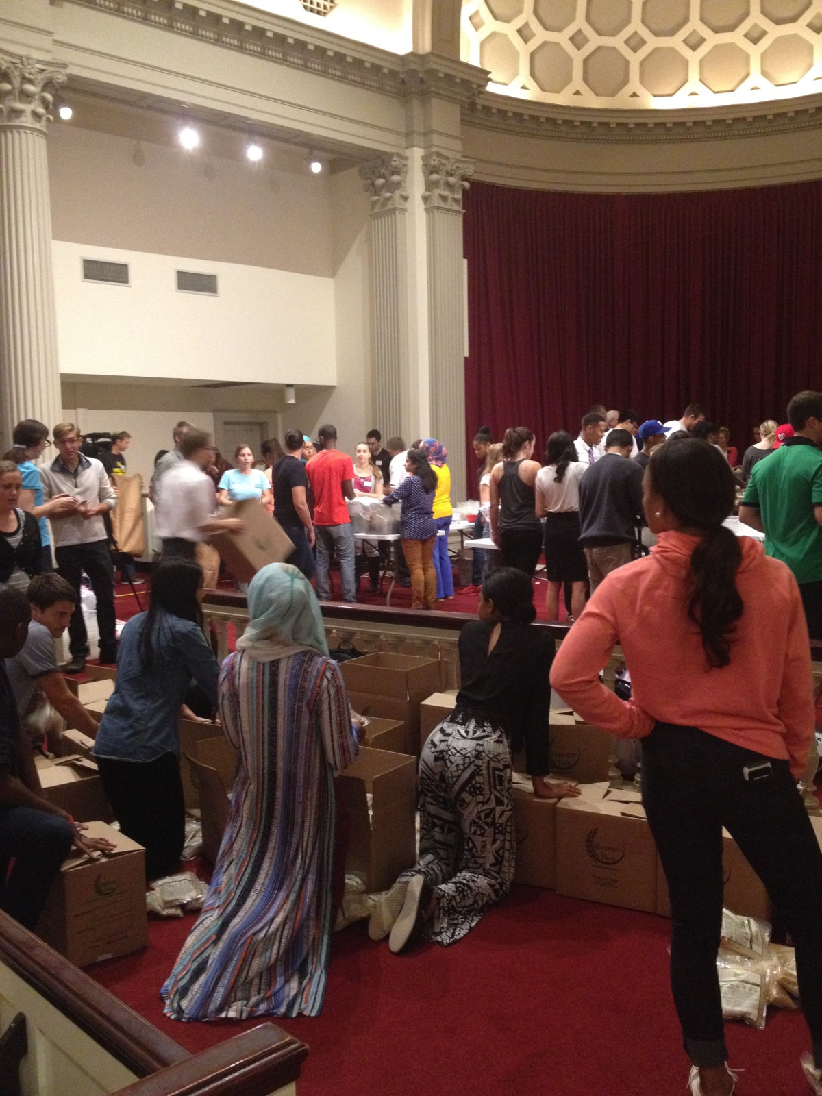 Students pack 10,000 meals for hungry Baltimore children